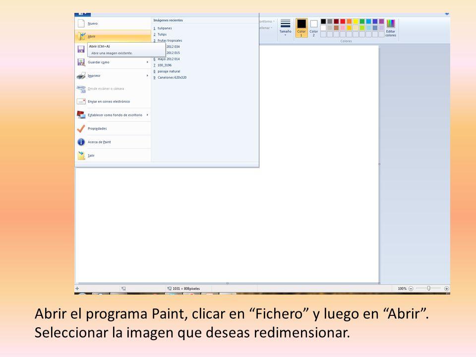 Abrir el programa Paint, clicar en Fichero y luego en Abrir.