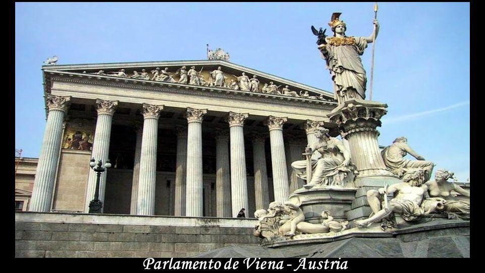Centro Internacional de Viena - Austria