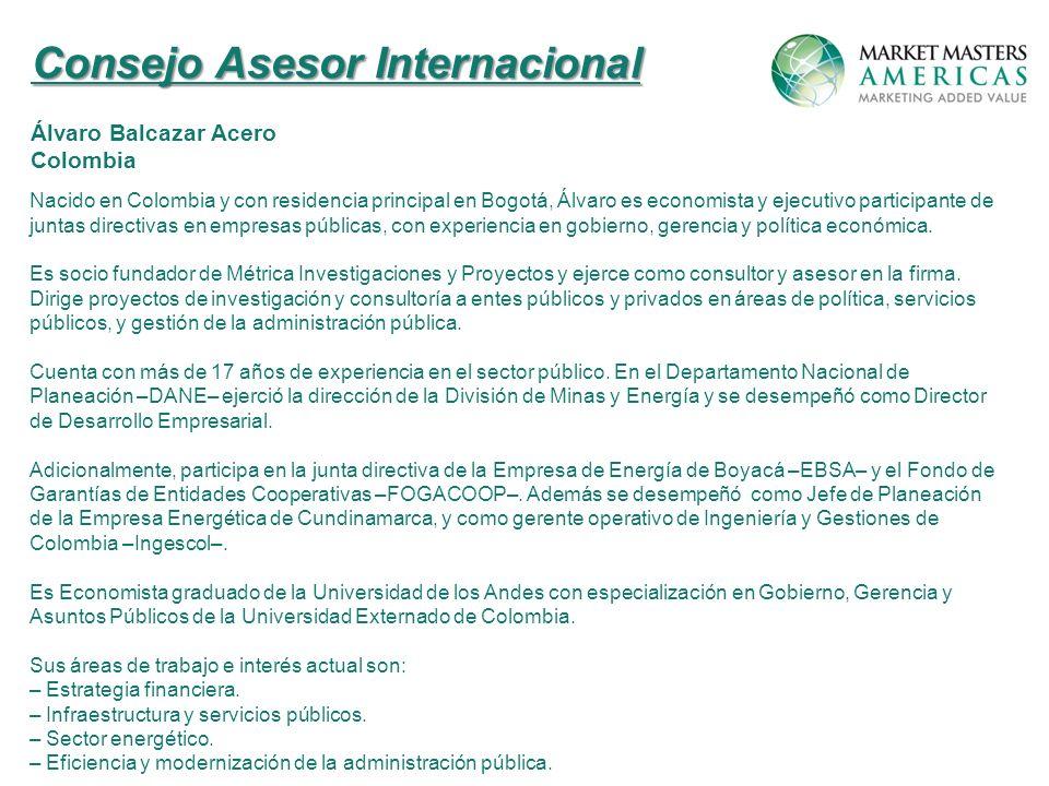 Nacido en Colombia y con residencia principal en Bogotá, Álvaro es economista y ejecutivo participante de juntas directivas en empresas públicas, con experiencia en gobierno, gerencia y política económica.