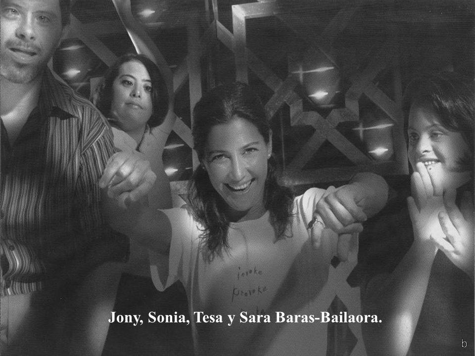 Ana, Álvaro, Rocío y Ana Duato-Actriz. Los niños con SD, tienen una gama completa de emociones y actitudes; en sus juegos y travesuras son creativos e