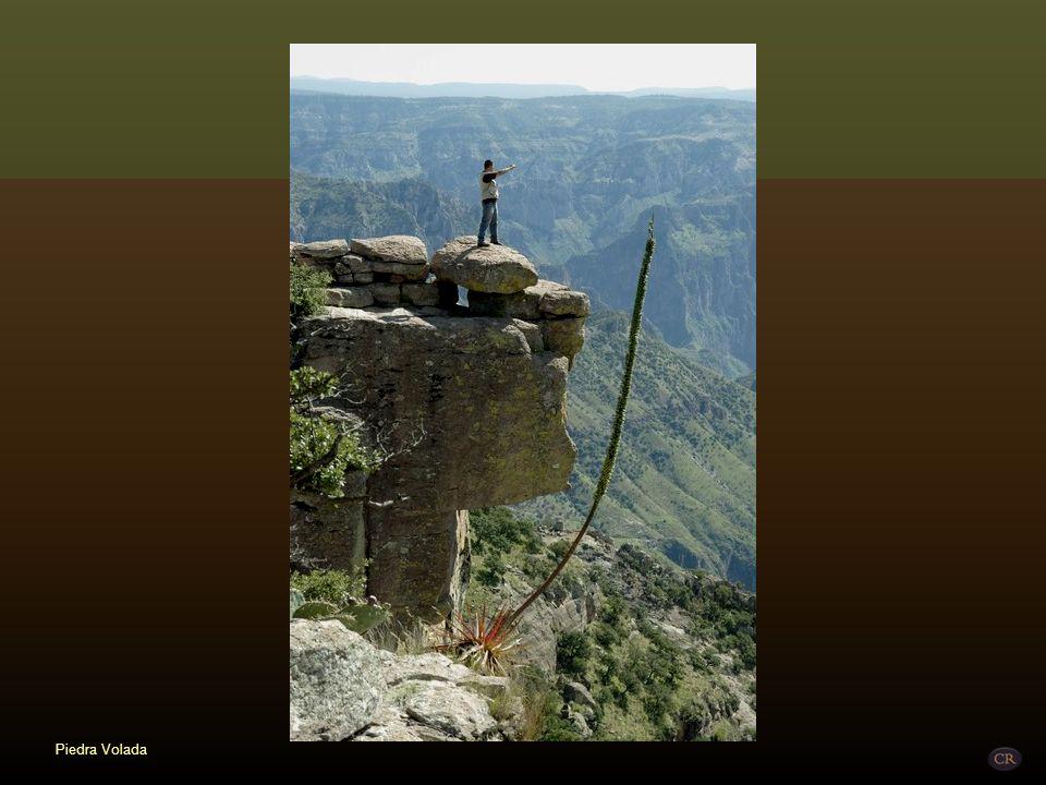 Piedra Volada Municipio de Ocampo Su nombre se debe a una saliente rocosa, localizada sobre el arroyo llamado Piedra Volada, el cual alimenta a la Cas