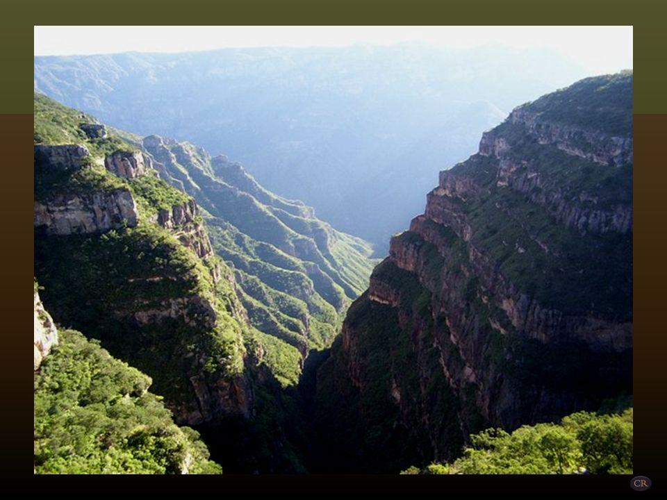 Barranca del Val, en los límites de los Estados de Chihuahua y Durango