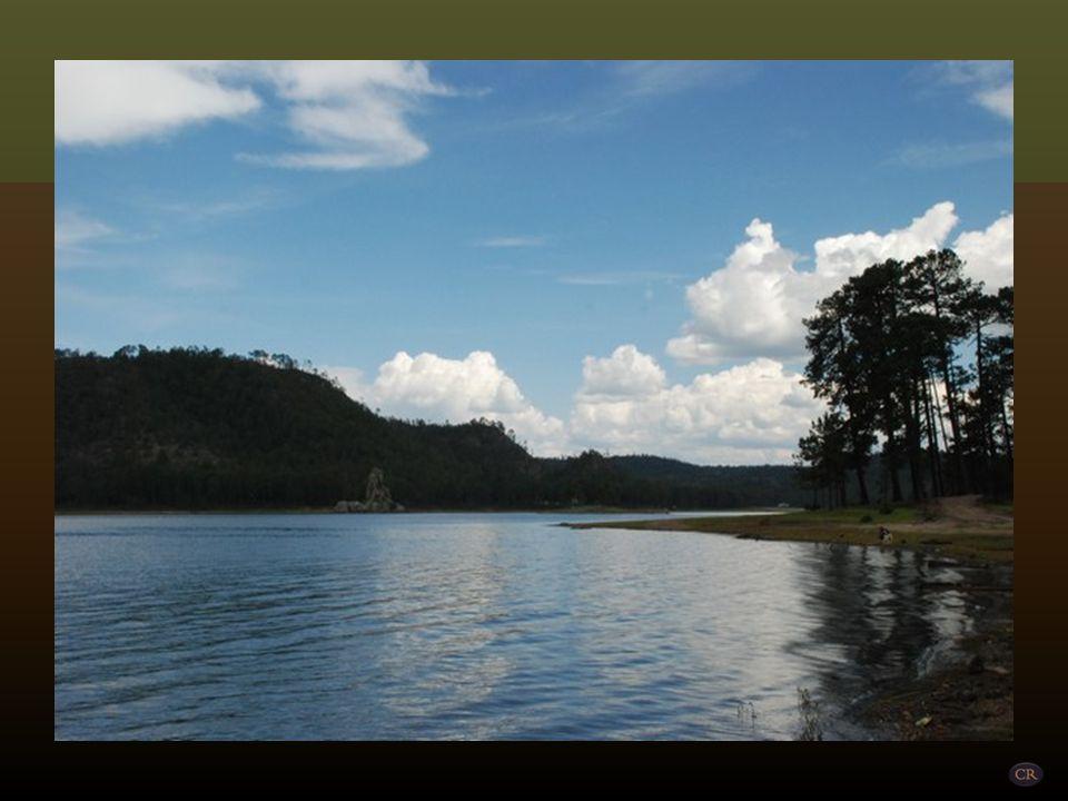 Laguna Juanota Municipio de Balleza Este hermoso lago se encuentra en el extremo sur-este de a Sierra Tarahumara, por lo que muchos ya no la considera