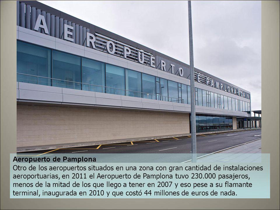 Aeropuerto de Logroño Inaugurado en 2003, en una zona con bastantes aeropuertos a su alrededor, el de Logroño costó 18 millones y sigue siendo uno de