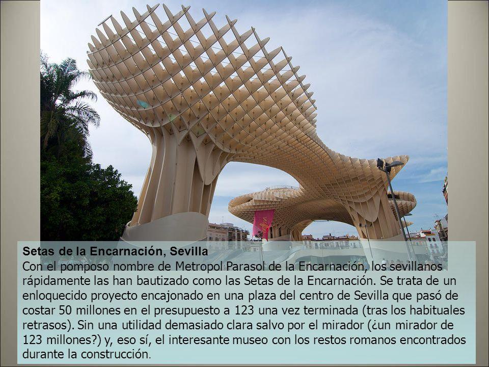Palacio de Congresos, Oviedo Muchos ven en esta obra de Calatrava la respuesta de la capital asturiana a el Centro Niemeyer de Avilés y la recuperació