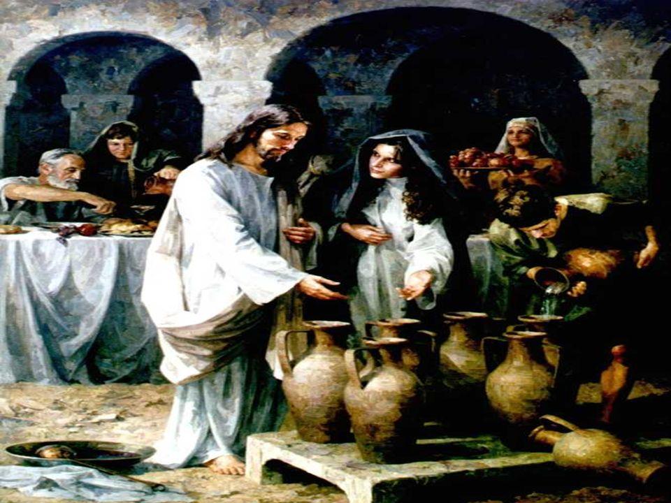 La 2ª Lectura habla de los carismas , dones, a través de los cuales el amor de Dios continúa manifestándose.