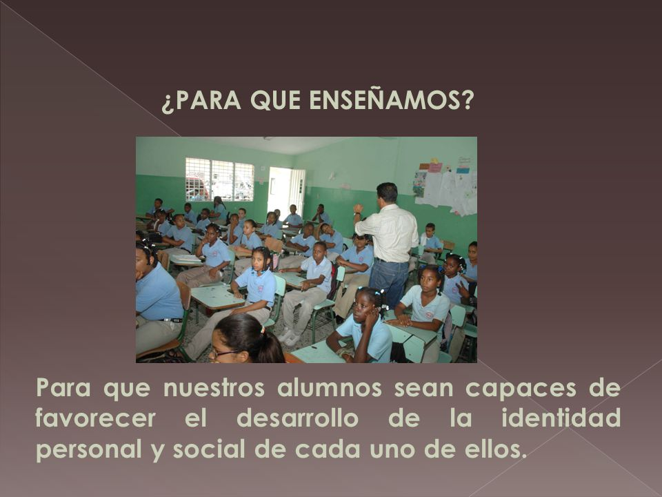 ¿Qué esta en el punto de mira de nuestra tarea? ¿Qué nueva educación y que nuevo educador están emergiendo? La adquisición de competencias que sirvan