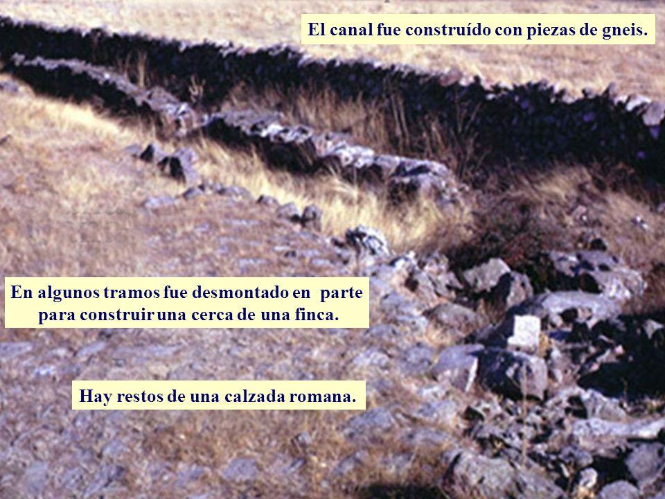 Descripción En algunos tramos fue desmontado en parte para construir una cerca de una finca. Hay restos de una calzada romana. El canal fue construído