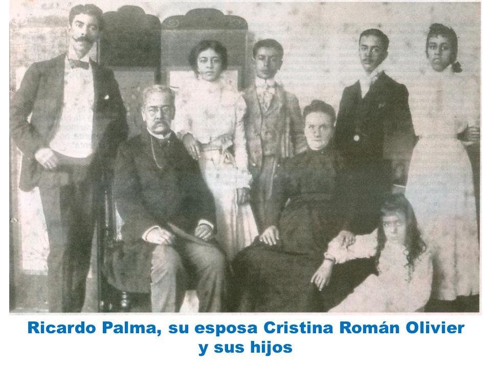 Ricardo Palma, su esposa Cristina Román Olivier y sus hijos