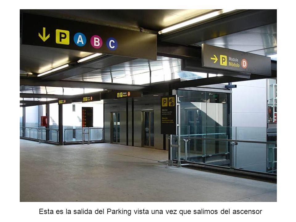 Aquí es donde luego pagareis el Ticket del Parking OJO: Las máquinas devuelven cambio, si...
