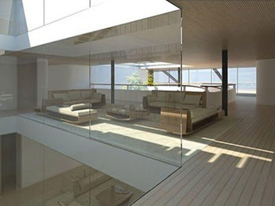 Cuenta con 3 cubiertas, una piscina de 25 m. de largo, un spa de 100 m2 con baño de vapor, sauna, gimnasio y sala de masajes. Tiene un área de paseo d