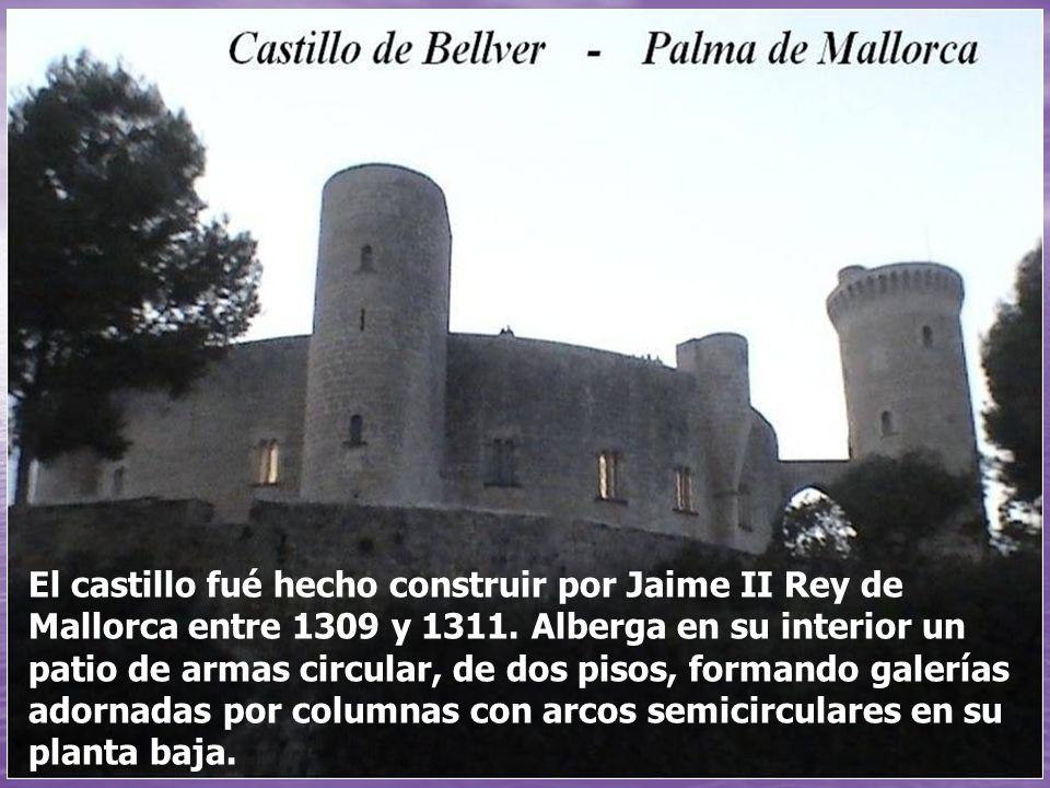 El castillo fué hecho construir por Jaime II Rey de Mallorca entre 1309 y 1311.