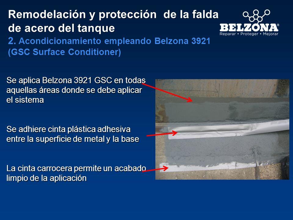 Se aplica Belzona 3921 GSC en todas aquellas áreas donde se debe aplicar el sistema Se adhiere cinta plástica adhesiva entre la superficie de metal y