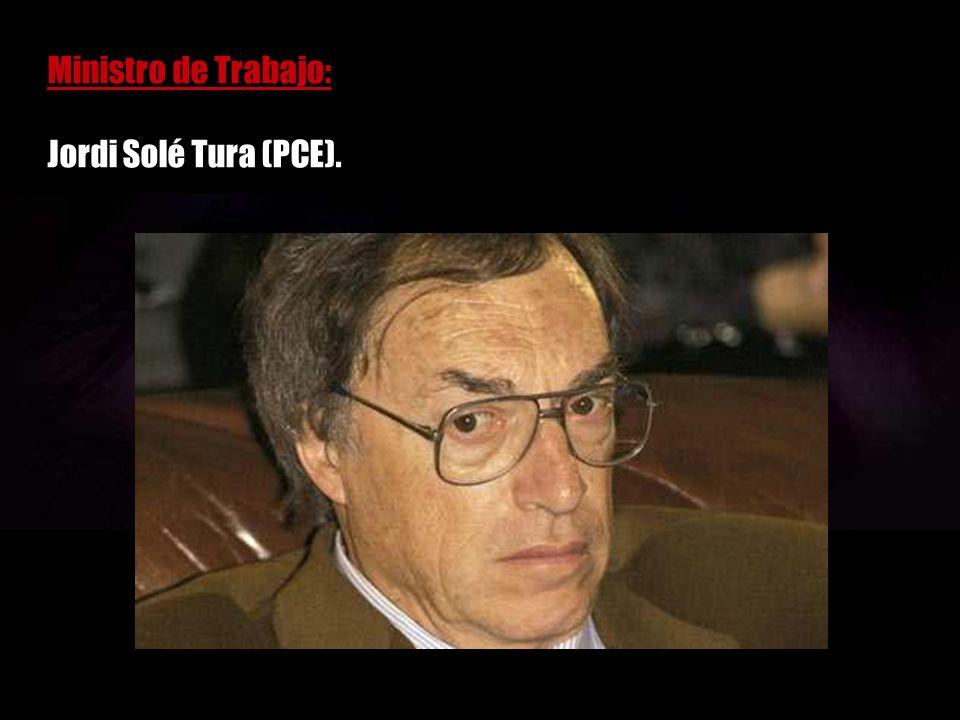 El golpe de estado cuenta con el visto bueno de la mayor parte de los militares, con el visto bueno de los principales dirigentes de los partidos políticos, y la banca se encarga de decirle a Suárez que no tiene futuro.
