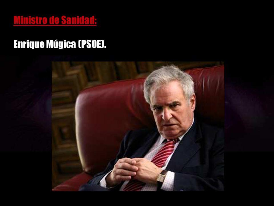Ministro de Autonomías y Regiones: General José Antonio Sáenz de Santamaría.
