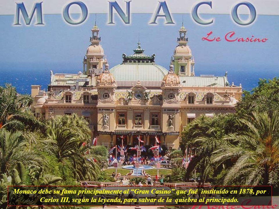 Mónaco, un principado con aproximadamente 32 mil habitantes. Para llegar aquí todos deberían tomar la Moyenne Corniche, una de las entradas más lindas