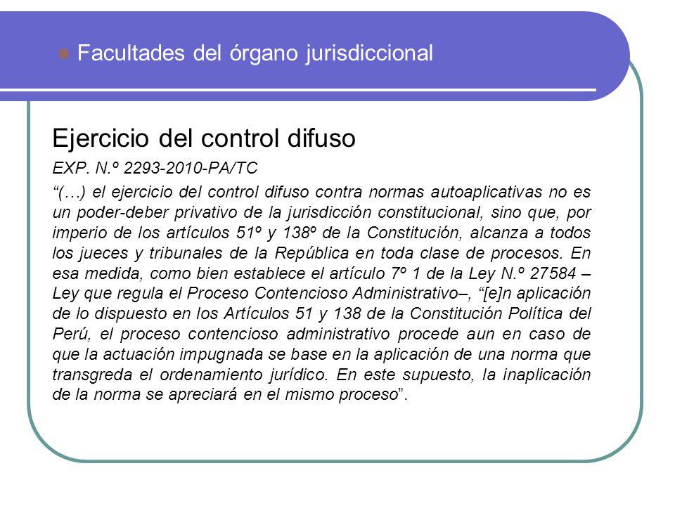Ejercicio del control difuso EXP. N.º 2293-2010-PA/TC (…) el ejercicio del control difuso contra normas autoaplicativas no es un poder-deber privativo