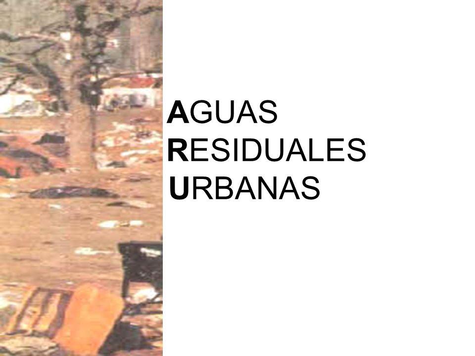 Las aguas residuales urbanas incluyen en general las aguas de uso doméstico o domiciliarias, que son aguas procedentes de zonas de viviendas y de servicios, como son las aguas de cocina, baño, lavado, fecales (aguas negras), comercios, etc., junto con la de escorrentía superficial y drenajes (aguas blancas) de un municipio, que son las aguas pluviales, de limpieza pública, riego y otros servicios.