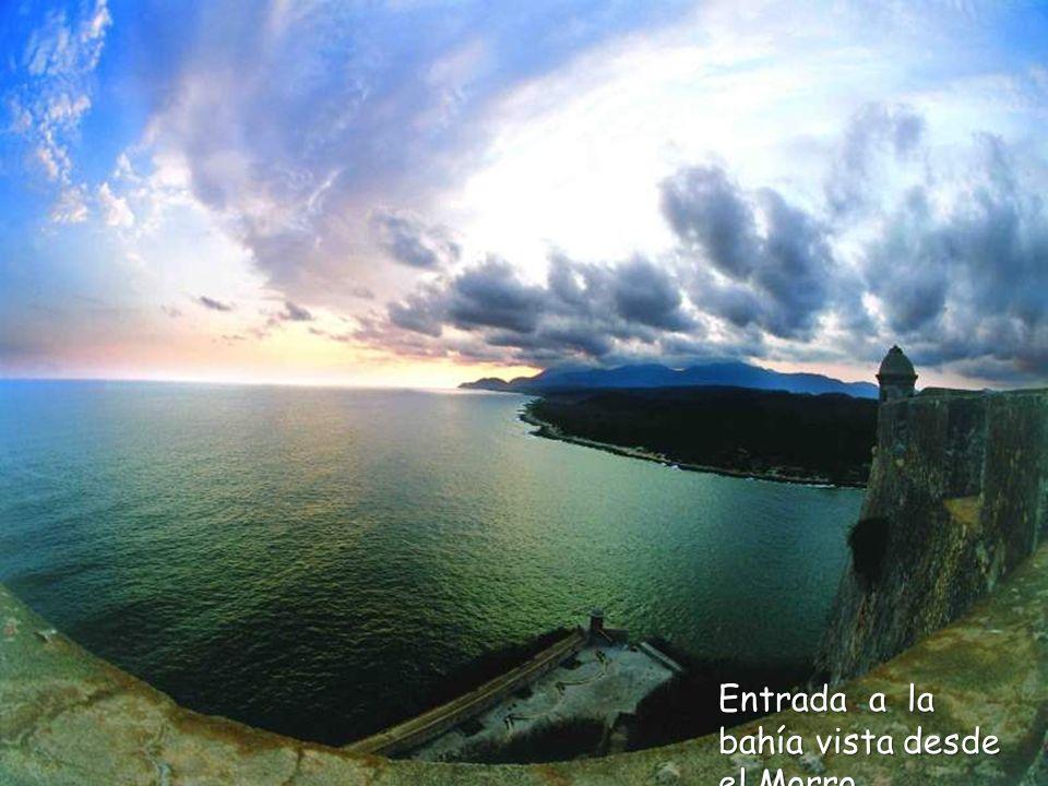 La Bahía de Santiago de Cuba vista desde el Morro