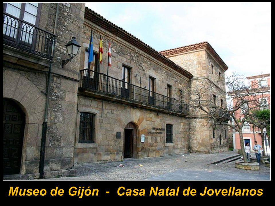Palacio fortificado de Revillagigedo
