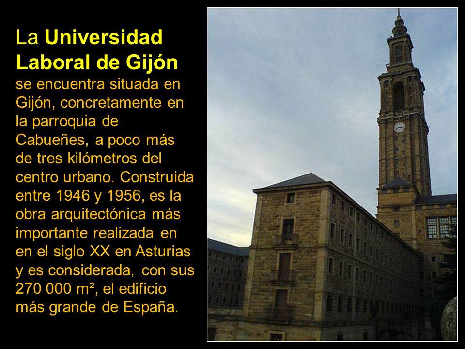 El conjunto de la iglesia de San Lorenzo (1901), responde al modelo de las iglesias góticas de predicación que levantaron en nuestras ciudades las órd