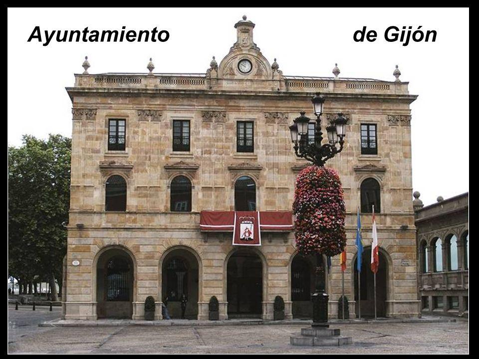 Gijón es una ciudad localizada en el litoral central asturiano con una superficie de 181 km cuadrados.