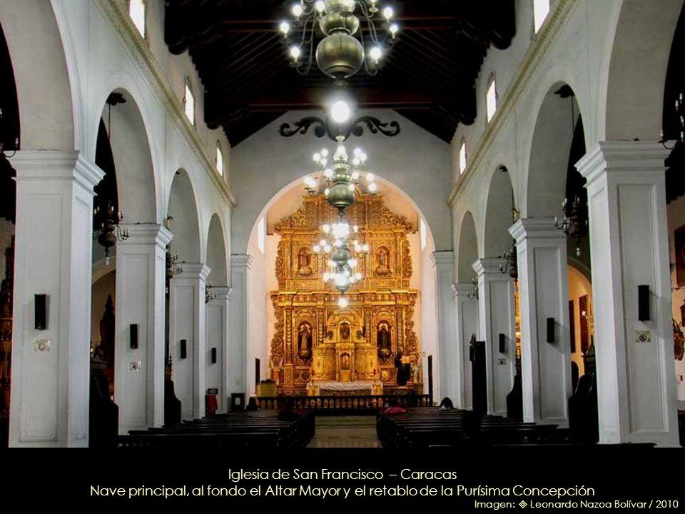 Inmaculada Concepción San Juan Bautista / San Francisco de Asís Iglesia de San Francisco - Imágenes genovesas de la fachada donadas por don Juan de An