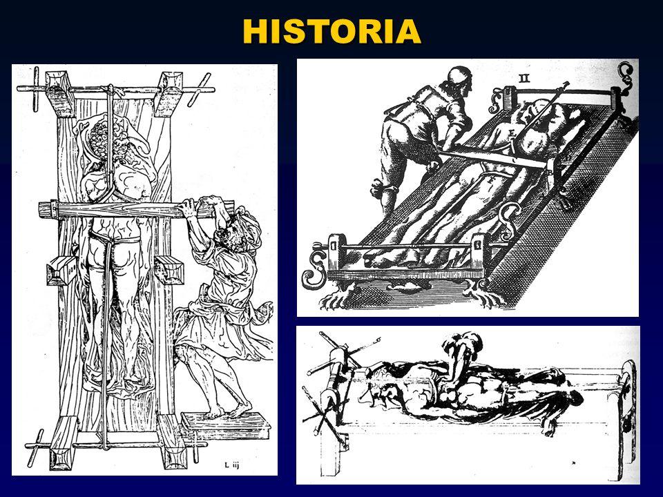 Wilhem Röntgen descubre los rayos X en 1895 y dos años después la nueva técnica se empezó a aplicar en especímenes de esqueletos con espondilitis: en 1897 por Beneke, 1899 por Hoffa y en 1903-1904 por Fraenkel; este último empezó a dilucidar y diferenciar la EA de la hiperostosis.