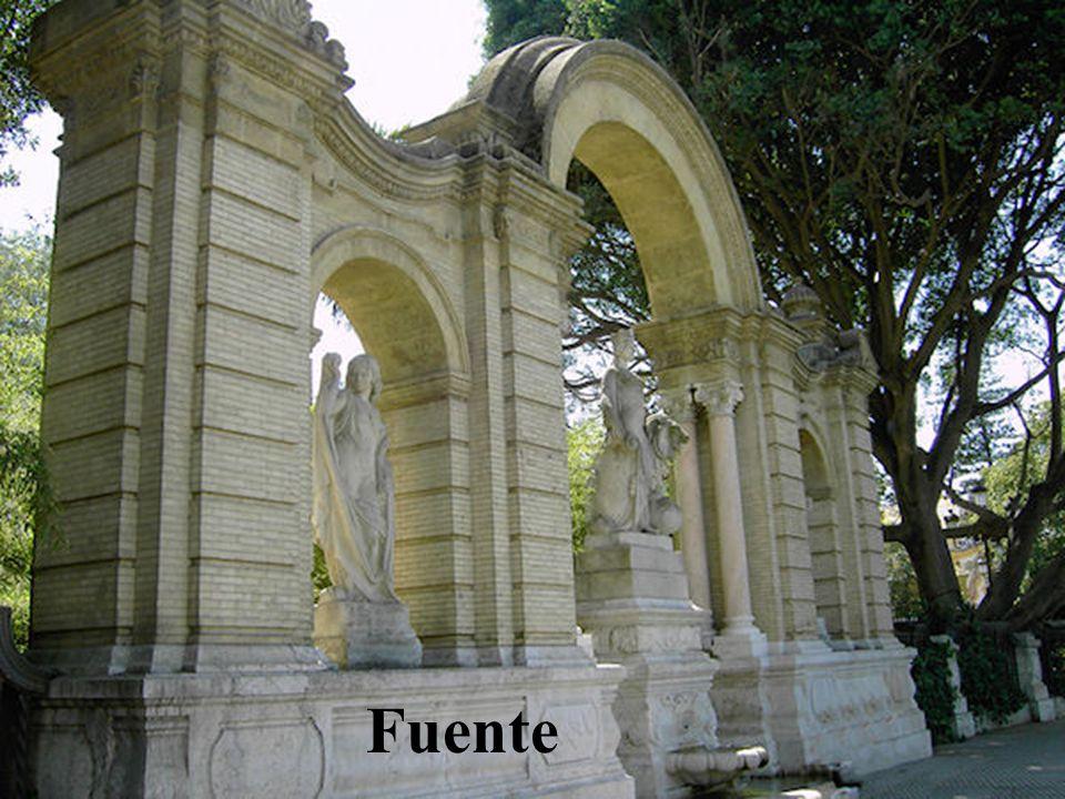 Pabellón de Portugal Edificio de la Exposición Iberoamericana de 1929 es ahora consulado de dicho país.