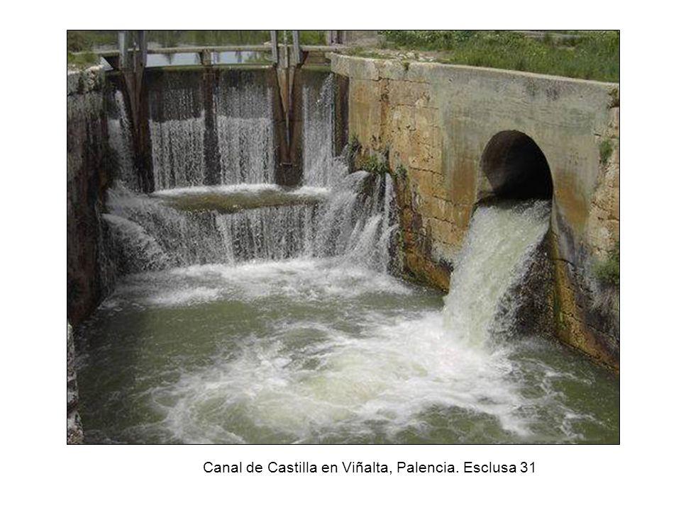 Canal de Castilla en Viñalta, Palencia. Esclusa 31