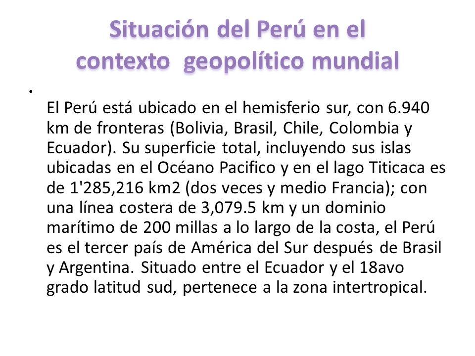 El Perú está ubicado en el hemisferio sur, con 6.940 km de fronteras (Bolivia, Brasil, Chile, Colombia y Ecuador). Su superficie total, incluyendo sus