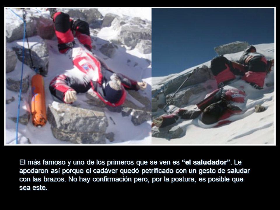 Se calcula que atacando la cima del Everest han muerto más de 200 escaladores, 150 nunca se han encontrado y los accesos a la cima están plagados de c
