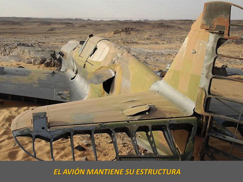 EL AVIÓN MANTIENE SU ESTRUCTURA