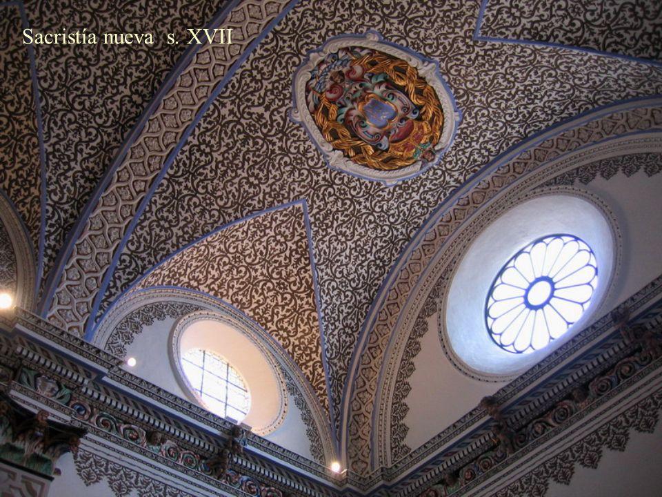 Cúpula bajo la escalera del Nuevo Monasterio, s. XVII Escudo del Císter Escudo de Veruela Fundador: Pedro de Atarés Ordenes Militares relacionadas con