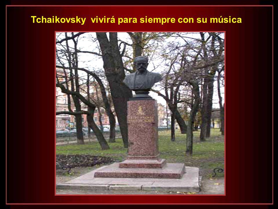 Esta bellísima Sinfonia de Tchaikovsky – Patética – refleja con intensidad un profundo sentimento de lamento y desesperanza, como si el compositor qui