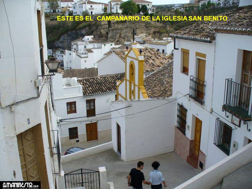 CASAS DEBAJO DE LAS ROCAS