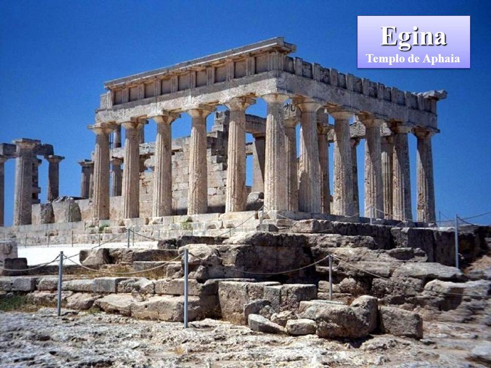 Las Cícladas (Κυκλάδες) archipiélago situado en el centro del mar Egeo entre los paralelos 36-38 de latitud y 24-26 de longitud, políticamente constit