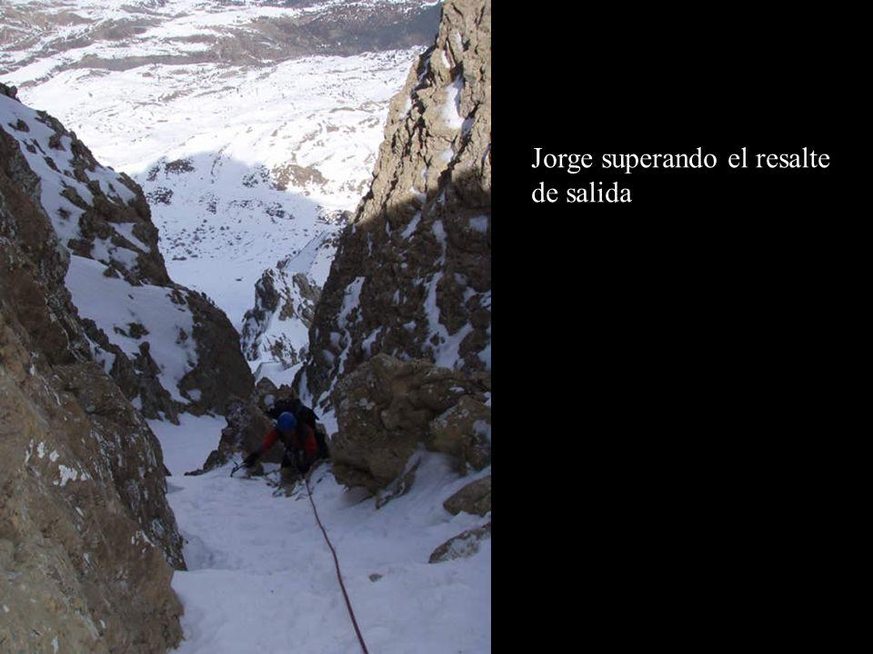 Jorge superando el resalte de salida