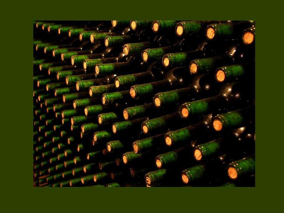 Quien no ama ni las ostras, ni los espárragos, ni el buen vino, no tiene alma ni estómago.