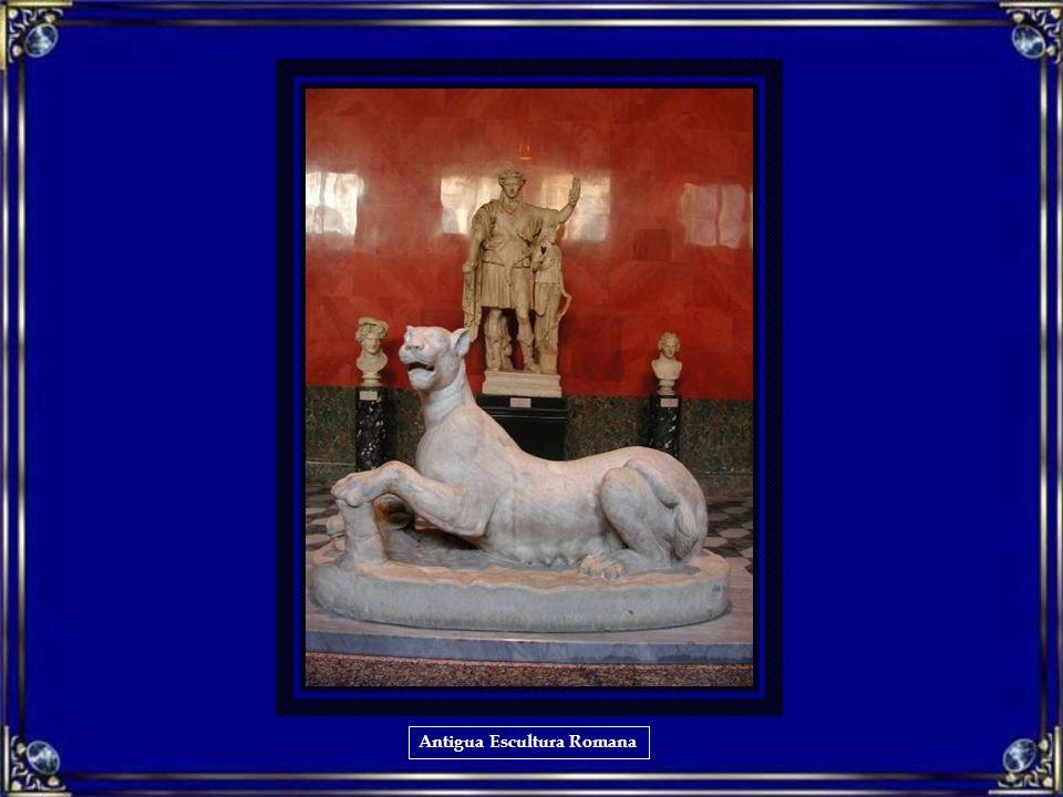 Antigua Escultura Romana