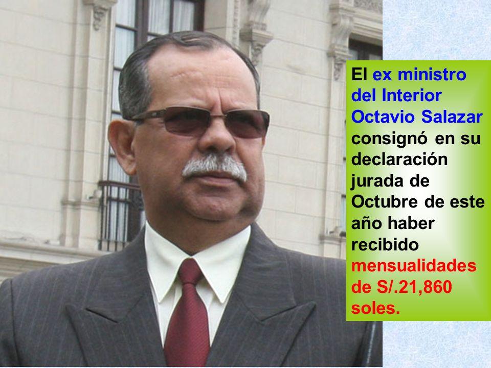Su sucesor, Ismael Benavides, recibía S/.26,000 mil soles de Proinversión pero ahora como ministro declara como ingresos S/.15,600 soles.