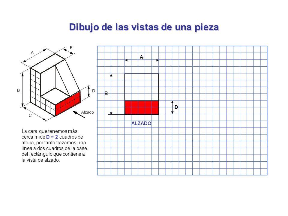 Dibujo de las vistas de una pieza La cara que tenemos más cerca mide D = 2 cuadros de altura, por tanto trazamos una línea a dos cuadros de la base de