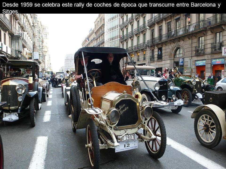 Desde 1959 se celebra este rally de coches de época que transcurre entre Barcelona y Sitges.