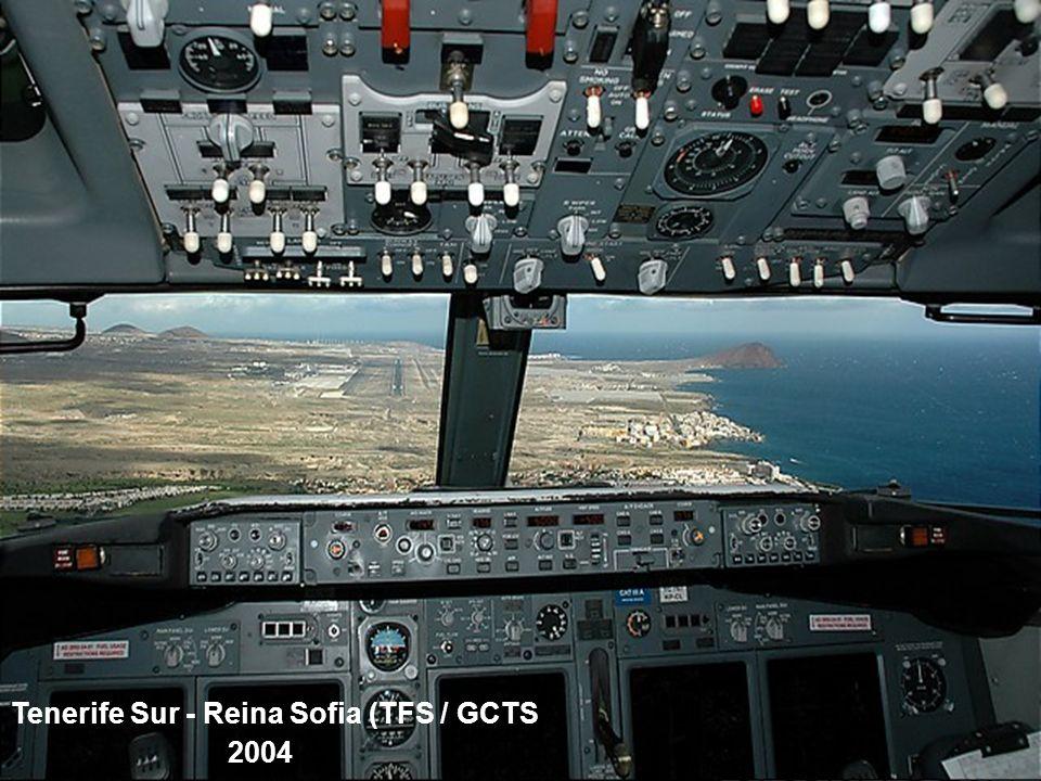 Spantax Douglas DC-7C Tenerife Norte - Los Rodeos (TFN / GCXO 1975