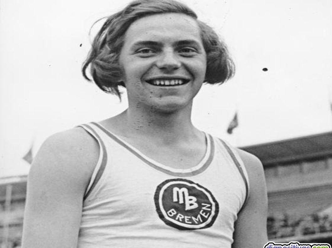 14. LA HISTERIA NAZI 14. LA HISTERIA NAZI Dora Ratjen, 1936 Dora Ratjen sólo tenía femenino el nombre, pero compitió como mujer en el salto de altura
