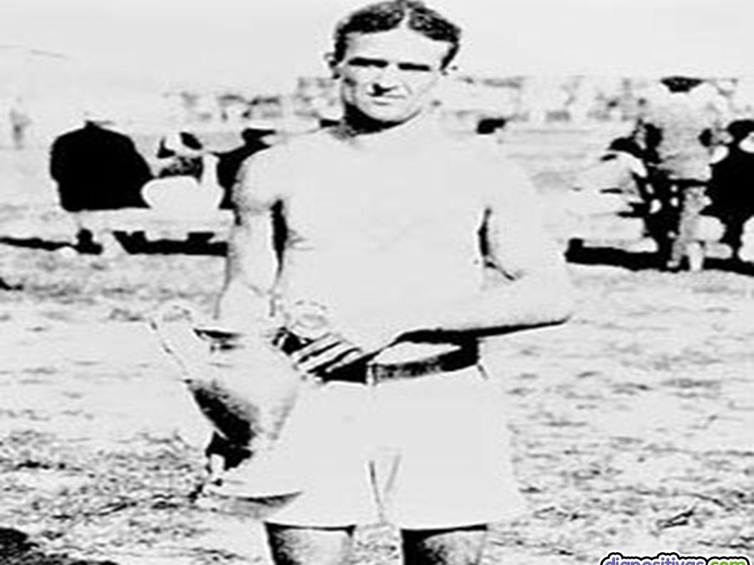 11. MARATÓN EN COCHE 11. MARATÓN EN COCHE Fred Lorza, 1904 Un calor abrasador le obligó a retirarse en la maratón de St. Louis 1904, pero sin embargo