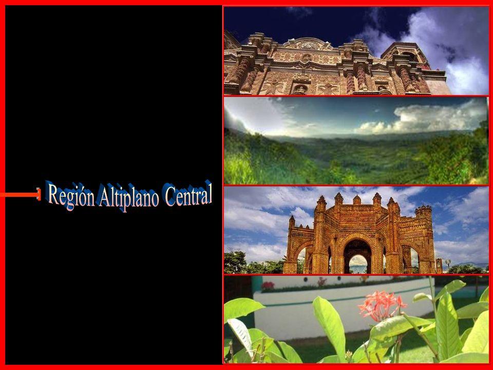 El Estado de Chiapas es famoso por el gran arraigo de sus tradiciones, festividades, artesanías y rica gastronomía, tiene hermosos escenarios naturale