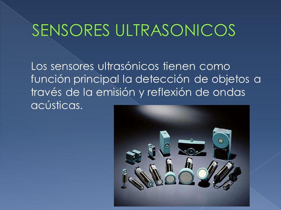 Los sensores ultrasónicos tienen como función principal la detección de objetos a través de la emisión y reflexión de ondas acústicas.