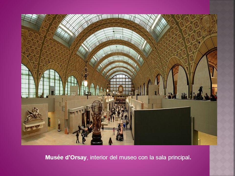 Musée d'Orsay, interior del museo con la sala principal.