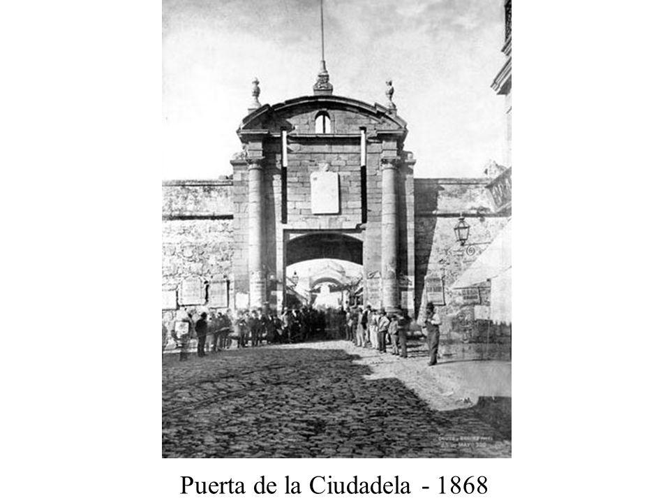 Puerta de la Ciudadela - 1868